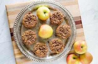Bezglutenowe muffiny z jabłkiem i kruszonką