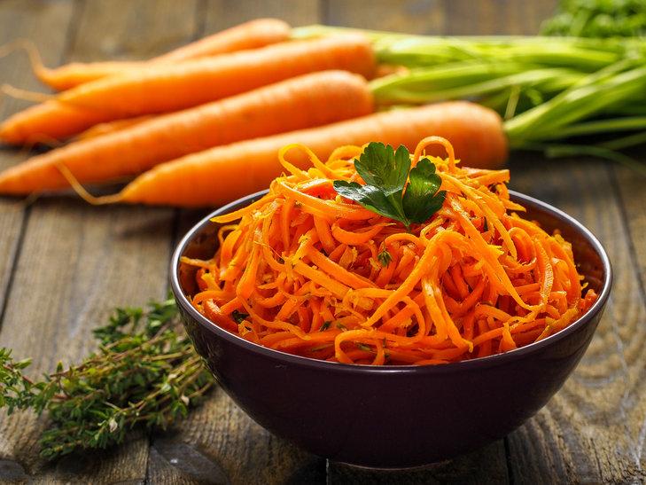 Surówka z marchewki - jak ją przygotować?