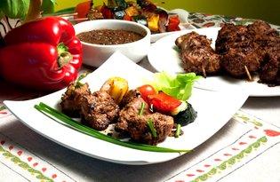 Satay. Indonezyjskie szaszłyki z grilla