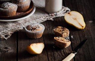 Muffiny z gruszką i czekoladą