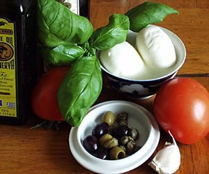 Caprese - mozarella z pomidorami
