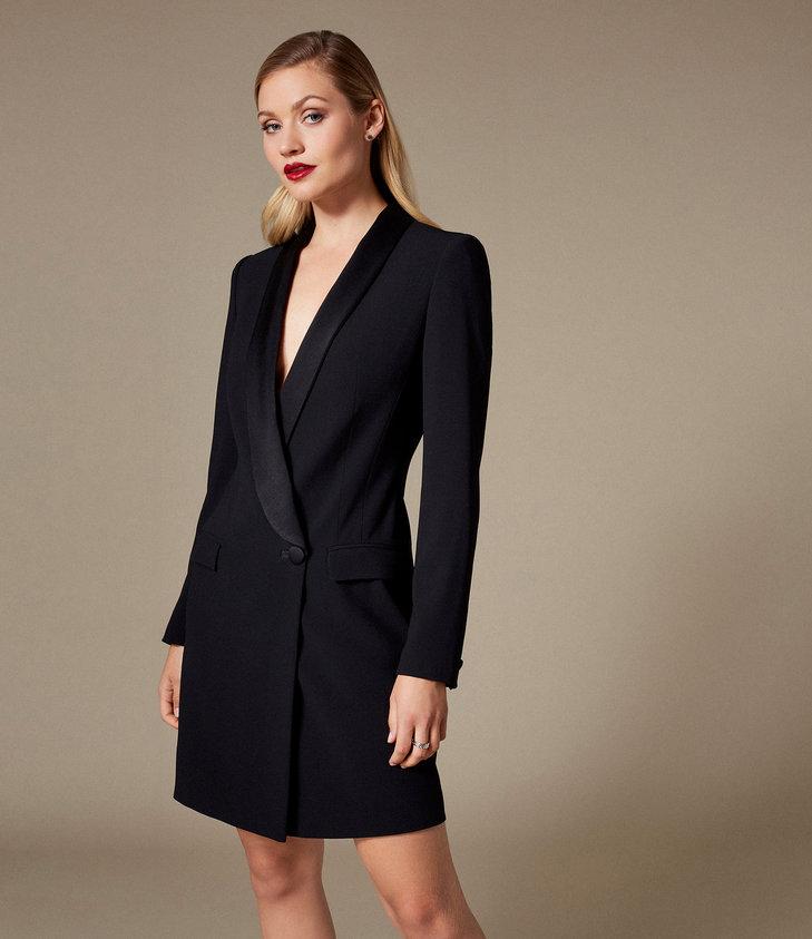 Sukienka marynarka to szykowny sposób na modną stylizację.