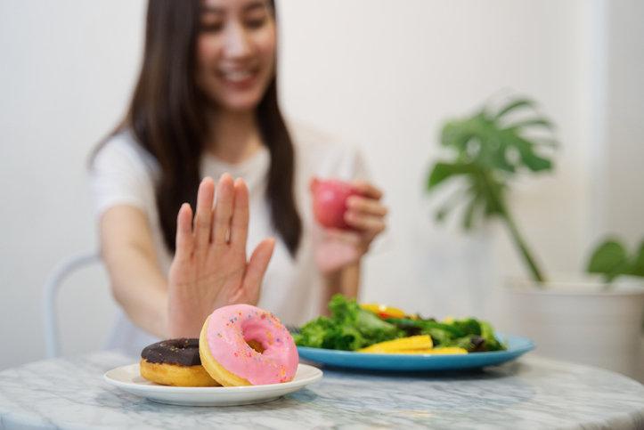 Odchudzanie bez diety wymaga kilku wyrzeczeń, ale warto poczekać na wymarzone efekty.