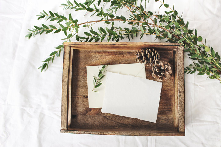 Cytaty o miłości umieszczone na kartce lub w książce na zawsze zapadną w pamięć.