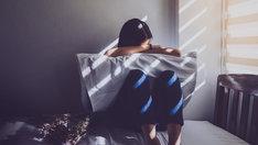 Pomoc osobie z depresją wymaga cierpliwości, wyrozumiałości oraz bliskości.
