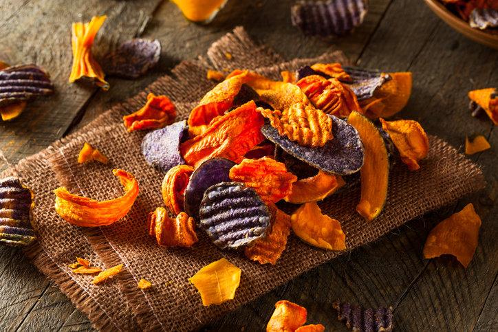 Zdrowe przekąski z warzyw skutecznie zapanują nad napadem głodu.