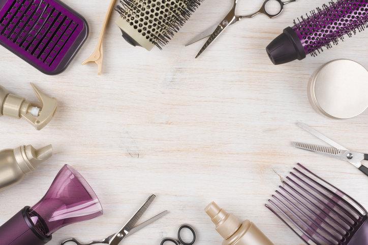 Szczotka prostująca włosy ma coraz więcej zwolenniczek