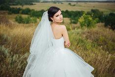 Welon ślubny to jedyny i niepowtarzalny dodatek do wyjątkowej kreacji.