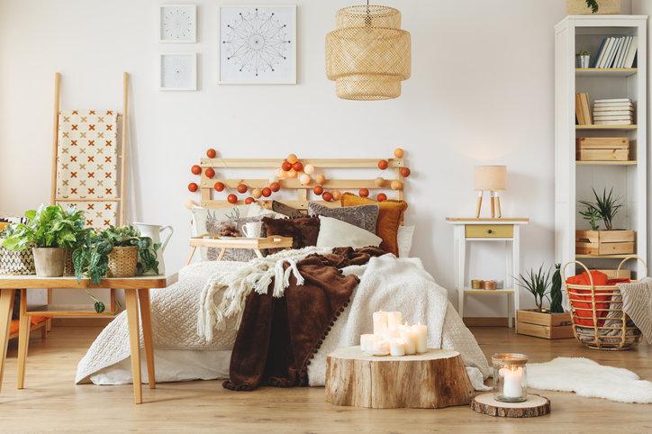 Jesienne dekoracje do domu są niezwykle proste i efektowne.