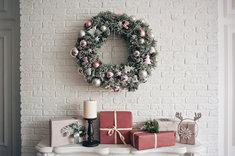 Dekoracje świąteczne wykonane samodzielnie są niezwykle efektowne.