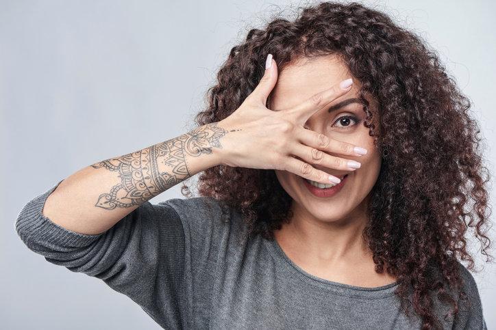 Tatuaż Bransoletka Delikatna Ozdoba Czy Wyraźny Symbol