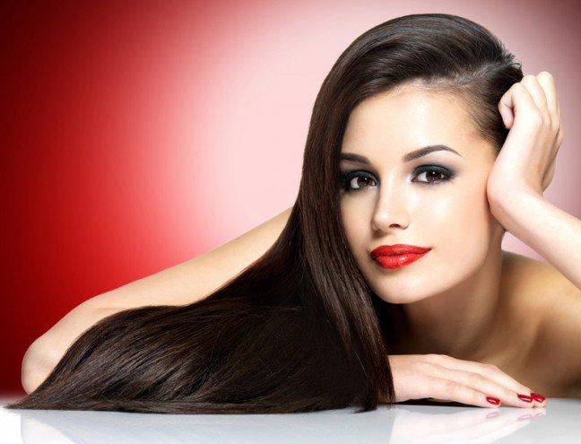 10. Kondycja włosówNa wygląd i kondycję włosów niekorzystny wpływ ma wiele różnych czynników, takichjak promieniowanie UV, zanieczyszczenia środowiska czy chlorowana woda. Dowiedz się, cojeszcze negatywnie działa na twoje włosy.
