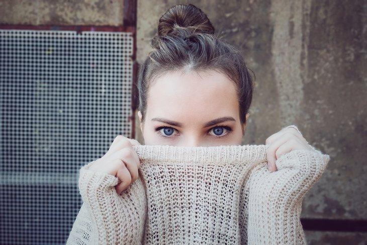 Makijaż permanentny pozwala na uzyskanie kształtnych i naturalnie wyglądających brwi