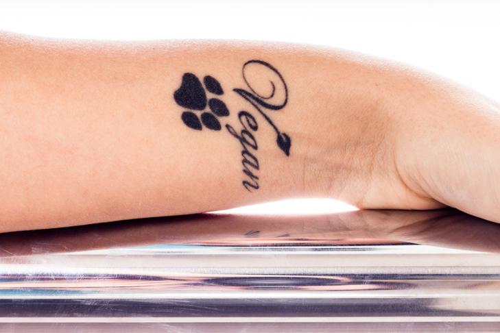 Oryginalny Tatuaż Napisy W Stylu Minimalistycznym